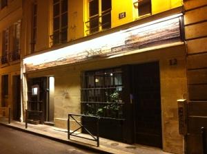 By La Parisienne Trotteuse